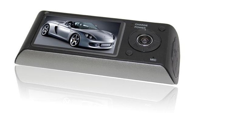 Обзор автомобильного видеорегистратора X3000 GPS
